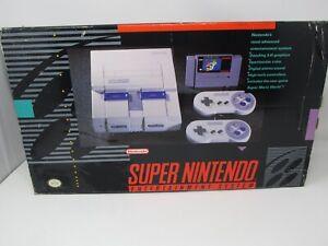 Super Nintendo Entertainment SNES Super Mario World Bundle BOX ONLY W/ Styrofoam
