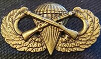 Airborne Infantry Jump Wing Badge US Army Military Parachute Rifles Pin ANTIQUE