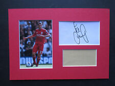 LIVERPOOL LEGEND JAMIE CARRAGHER SIGNED A4 MOUNTED CARD & PHOTO DISPLAY - COA