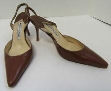 bc951819588a6 Manolo Blahnik Pumps, Classics Manolo Blahnik Carolyne Heels for ...
