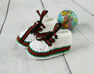 Crochet baby booties, newborn baby shoes