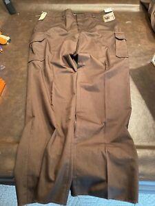 NWT Elbeco Mens 46 unhemmed) Dark Brown Tek Series Cargo Uniform Pants E615R