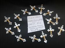 lot de 15 anciennes croix en ancien plastique  Nacro  imitation nacre