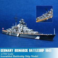L/'Allemagne TIRPITZ Cuirassé 1944 1//700 navire Trumpeter Modèle Kit 05712