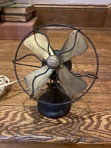 Vintage Polar Cub Type G Desk Fan 1921 Works WELL!!!  Needs to be polished.