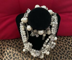 Traci Lynn Faux Pearl Necklace and Bracelet Set! 5/5