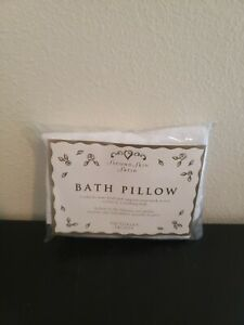 Victoria's Secret BATH PILLOW Second Skin Satin Suction Cups