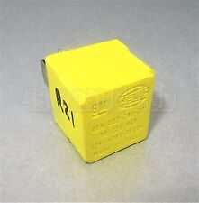 Vauxhall Corsa Astra Vectra Zefira Multi Use Hella Yellow Relay GM 90226846