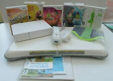 WII CONSOLE. FIT BOARD AND NEW GAMES.(KEEP FIT PACKAGE)