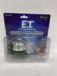 E.T. & SPACESHIP LAUNCHER OPEN DOOR RAMP DROPS PUT E.T. IN PUSH BUTTON SHOOTS