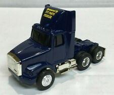 ERTL 1:64 National Toy Fair Volvo tractor/trailer toy truck 1994 Des Moines