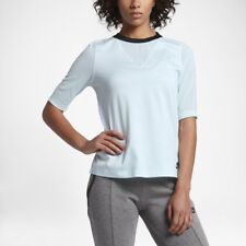 Nike tech women's SHORT SLEEVE 829755-411 light Glacier BLk top size MEDIUM