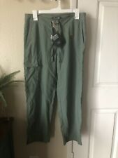 REI Womens size 12 Pants Crop Green Nylon UPF 50 Outdoor Hiking Quick Dry Cargo