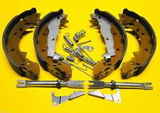 Bremsbacken Set für Suzuki Samurai - Santana  + Federsatz + Nachsteller