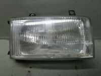 VW Transporter IV Bus T4 2,4D Headlight Right 1EJ00605104 Damaged