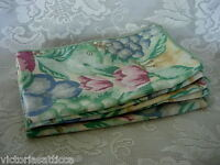 Set of 5 Multi-Color Fruit/Pears/Apples/Plums/Grapes Print NO IRON Napkins