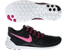 Medium (B, M) Free Athletic Shoes for Women
