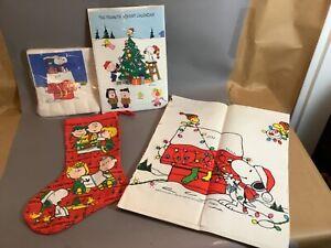 Vintage Peanuts Christmas Stocking Advent Calendar Paper Napkins TableCloth