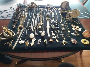 Gold tone jewellery joblot