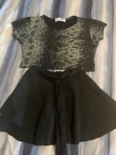 girls two piece outfit  Shorts and top 8years