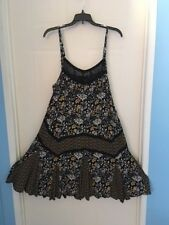 Torrid 0 Black/ Roses sun dress with lace yoke and adjustable straps super cute