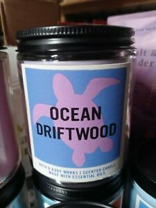 Bath & Body Works Ocean Driftwood 7 oz Single Wick Candle