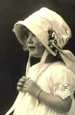 STUNNING & Rare Marcus Adams photo of Little girl with bonnet