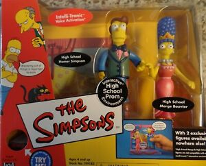 Simpsons prom Homer and Marge interactive set Diamond comics exclusive
