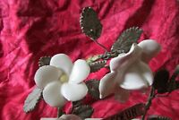 DELICATE ANTIQUE FRENCH PORCELAIN FLOWERS ON MARBLE MEMORIAL NOTRE SOEUR SISTER