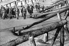 WW2 - Normandie - Mur de l'Atlantique - Rommel inspecte les obstacles