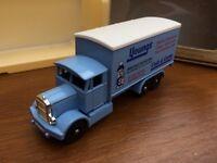 LLEDO Promotional LP44-3A Youngs Cash & Carry Leeds 1937 Scammell 6 wheel truck