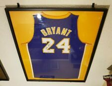 Kobe Bryant Upper Deck Authenticated Purple Away Lakers Jersey 24 Signed UDA