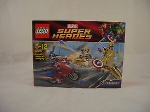LEGO 6865 Marvel Avengers Captain America's Avenging Cycle New/Sealed