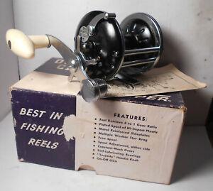 Vintage OCEAN CITY No. 905 TRUE TEMPER w. BOX & MANUAL Conventional Fishing Reel
