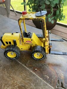 VINTAGE 70's MIGHTY TONKA FORK LIFT YELLOW PRESSED METAL 52900
