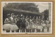 Carte Photo card RPPC enfants fillettes en habits de danseuse tutu bt097