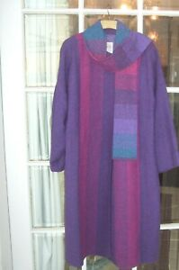 Beautiful AVOCA Purple Wool Tweed Coat with scarf Fits 18 UK Approx calf length