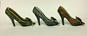 Glamourous Masquerade Shoe Ring Holder ~Bronze, Silver or Gold With Gift Box