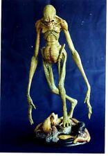 "14""Alien New Born on Base Sci-Fi Movies Resin Model Kit 1/6"