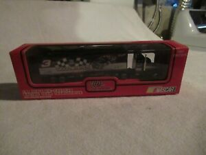 Racing Champions Goodwrench Dale #3 Earnhardt Semi Truck and Trailer 1/87 scale