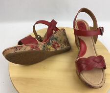 BOC Born Concept Boise Red Wedge Sandals Shoes Size 10 floral cork heel New