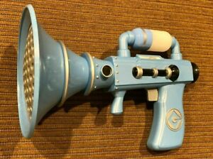 Fart Gun Blaster Despicable Me Light up Sounds Universal Studios Thinkway Toys