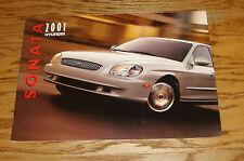 Original 2001 Hyundai Sonata Deluxe Sales Brochure 01