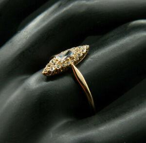 OR10 - Ancienne Bague Marquise en OR 14K Sertie de 20 Diamants et un Zircon, T58
