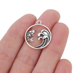 20 x Tibetan Silver Tone Fish & Ocean Wave Round Circle Charms Pendants Beads