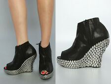 JEFFREY CAMPBELL TICK SZ 7.5 M BLACK LEATHER METAL HARDWARE PLATFORM BOOTIES