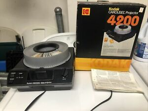 VTG Kodak Carousel 4200 Slide Projector with Box