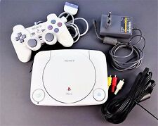 Playstation 1 One Konsole + Controller + alle Kabel  / PS1 - SCPH 102