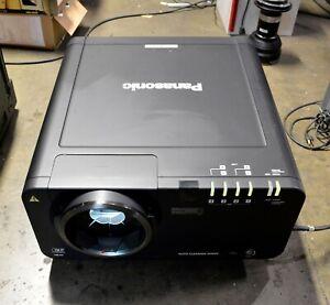 Panasonic PT-D10000U DLP Large Venue Projector : 10000 Lumens