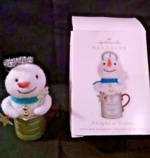 NIB 2010 HALLMARK KEEPSAKE CHRISTMAS TREE ORNAMENT A CUPFUL OF WISHES SNOWMAN